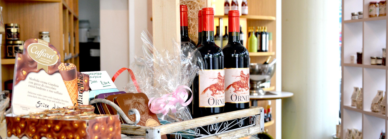 A Tavola Mediterrane Feinkost, Weinkontor und Catering